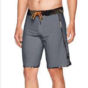 Brand New: Oakley Freshie 20 Board Shorts